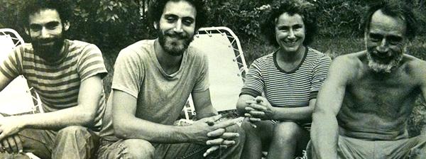 Joshua Edelman con Marc Edelman y sus padres, Judith y Harold Edelman en 1973