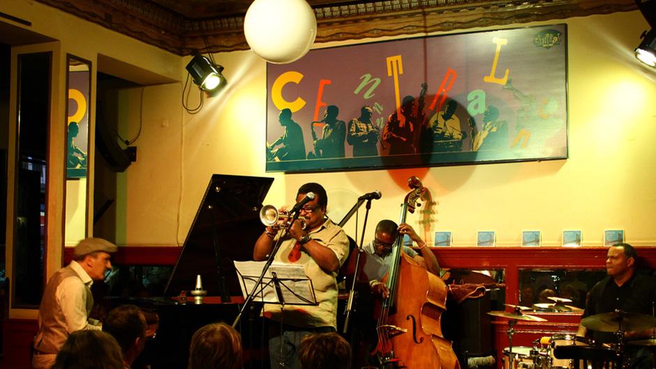 jazz-actividades-manhattan-bilbao-jazz-zubia-en-el-cafe-central-005