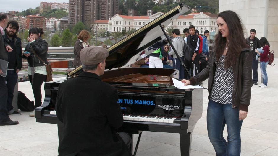 jazzculturalbilbao_bilbao-se-llena-de-pianos05_600x400