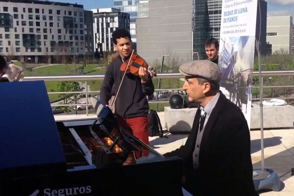 jazzculturalbilbao_bilbao-se-llena-de-pianos_600x4001